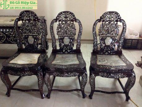 Bàn ghế ăn khảm ốc