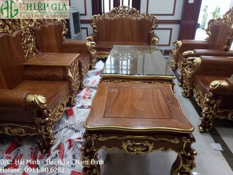 Salon Louis Hoàng Gia