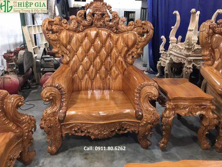 Sofa Louis Hoàng Gia
